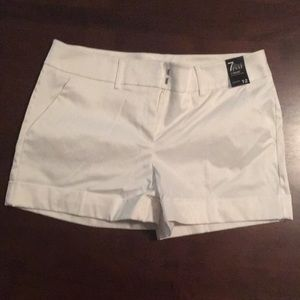 NWT New York and Co 7th Avenue shorts